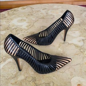 GUCCI Tom Ford For GG Kate Moss Cap Toe Cage Pumps